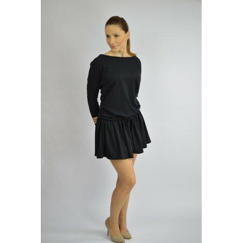 Uniwersalna czarna sukienka